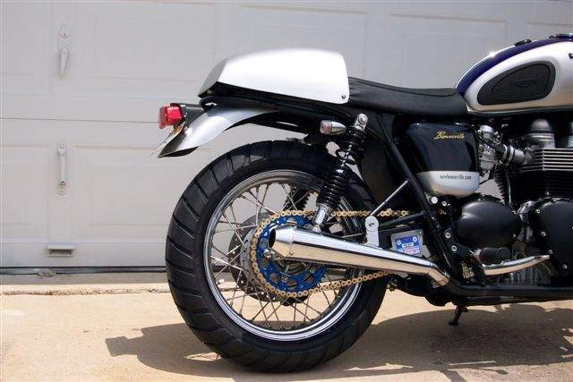 thruxton replica for 2001 and newer bonnevilles